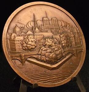 Medal-Town-de-Paris-Isle-de-La-City-Lady-Landmarks-by-P-Turin-Medal