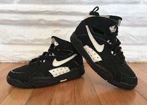 7333a7947f38 Image is loading Deadstock-OG-Vintage-1992-Nike-Air-Flight-Maestro-