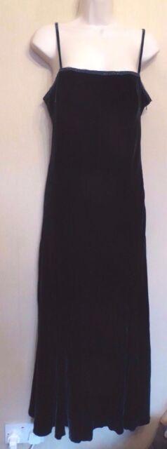 Per Una UK14R EU42R US10R new dark green velvet sleeveless beaded trim dress