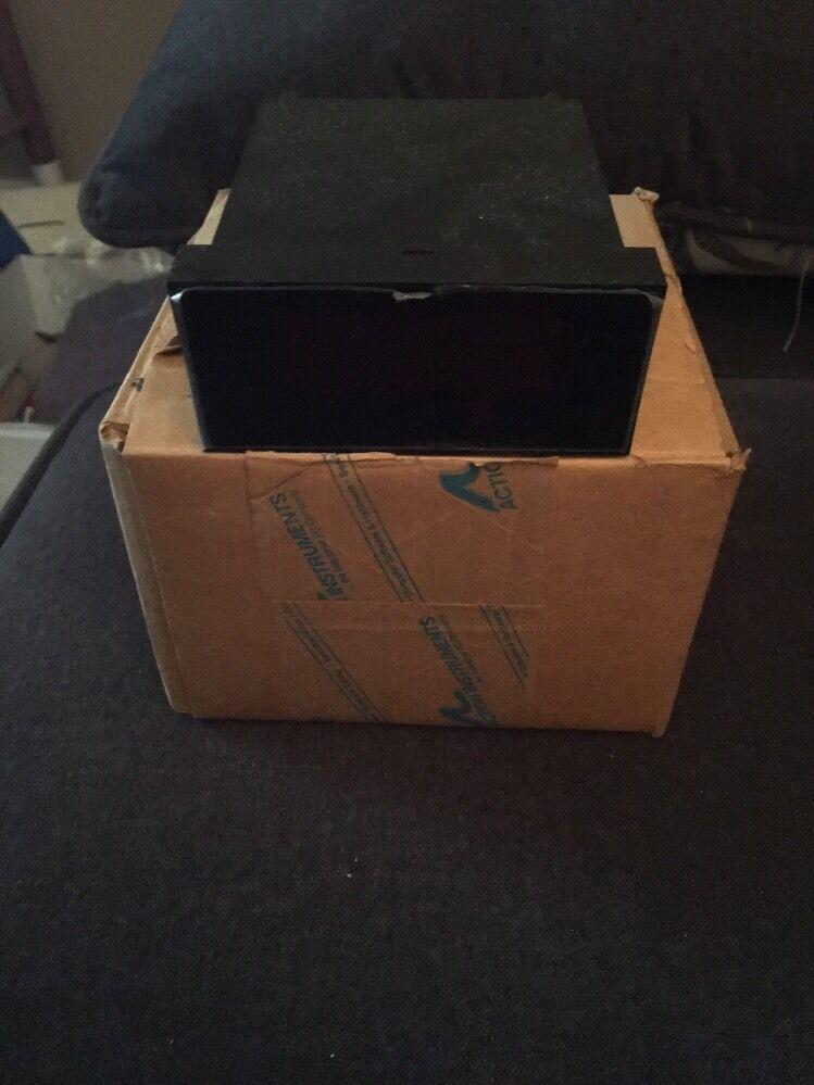 New VISIPAK V507-8306 S PANEL METER 120V AC Free Shipping