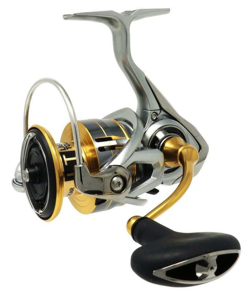 Daiwa 18 FREAMS LT4000DC Spinning Reel LIGHT TOUGH MAGSEELD ATD New in Box