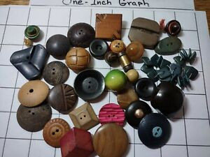 Vintage Lot Of Carved And Set Of Wood Buttons