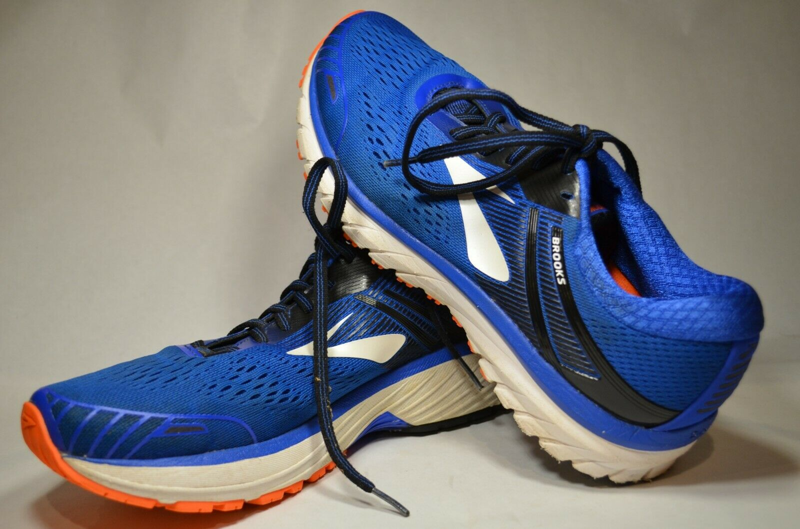 Homme Brooks Adrenaline GTS 18 taille 9 42.5 Style Couleur 1102711D 420