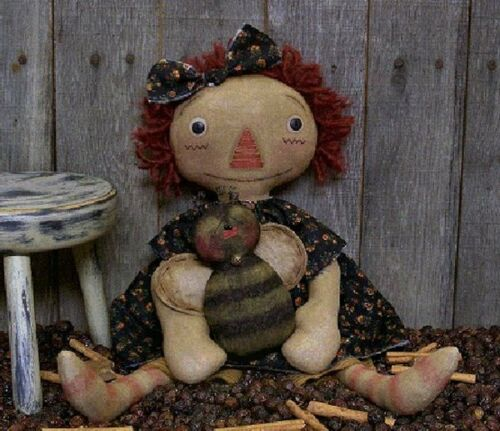 PATTERN Primitive Raggedy Ann Doll Raggedy Annie Doll /& Bee Doll Ornie SO CUTE!