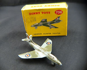 Dinky-Toys-GB-n-736-avion-Hawker-Hunter-Fighter-jamais-joue-en-boite