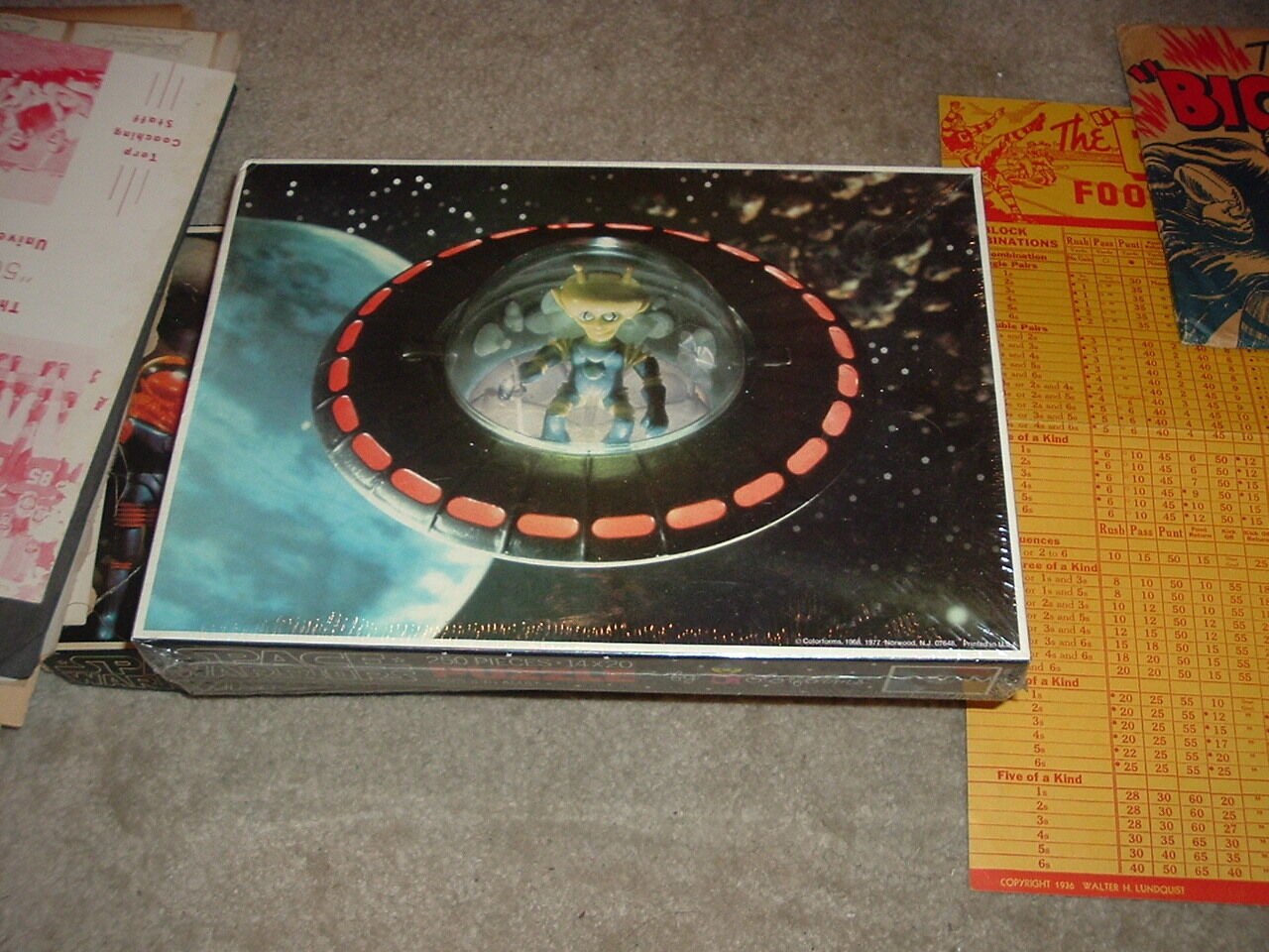 1977 Space Warriors colorforms colorforms colorforms Outer Space Man Alien Puzzle Alpha 7 SEALED NEW  04381c