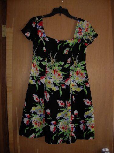 ANNA SUI FLORAl DRESS  vintage fabulous Petite - image 1