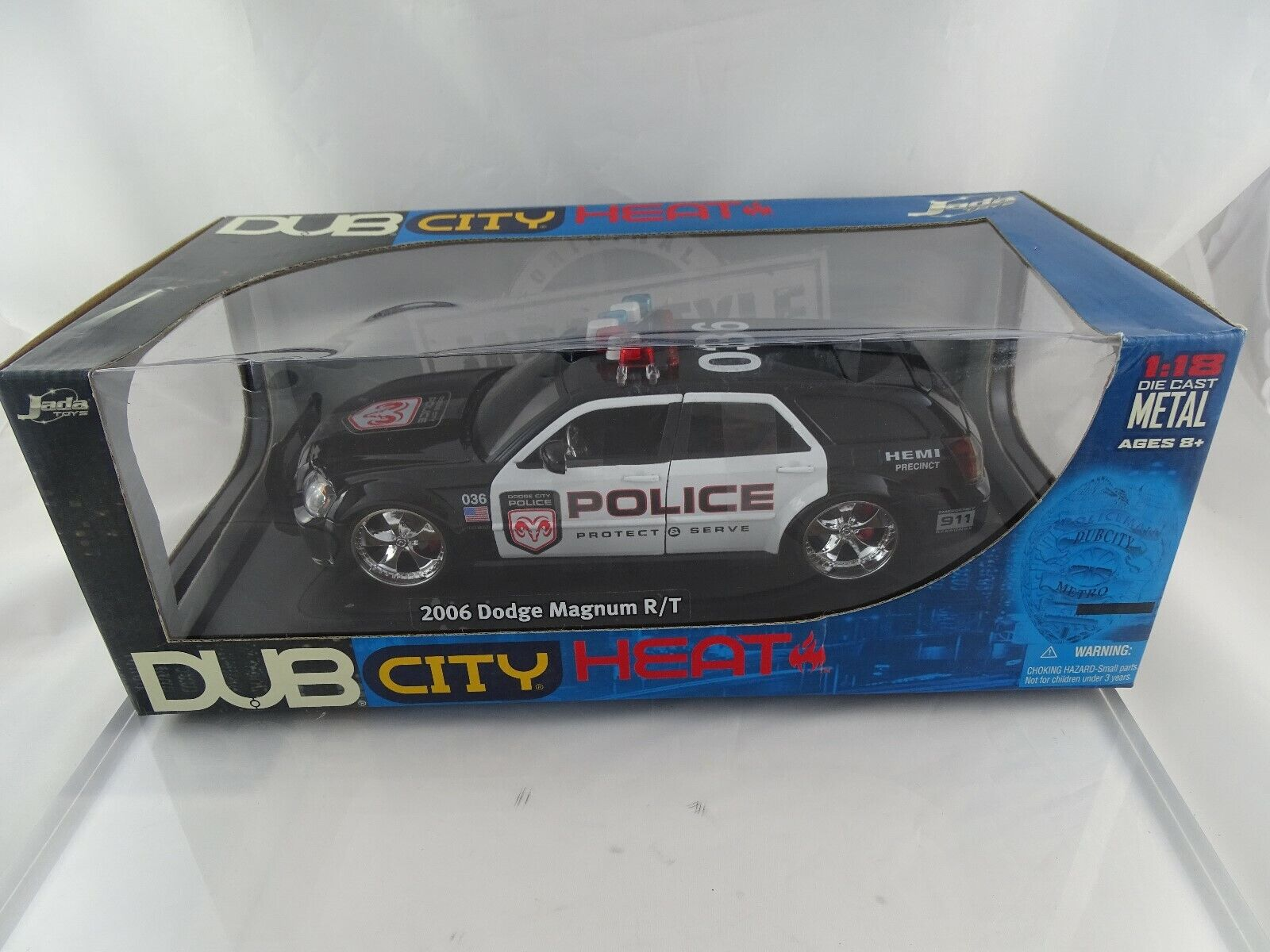 1 18 jada Dub City 90571 2006 Dodge Magnum R T Police prossoect serve nuevo en el embalaje original