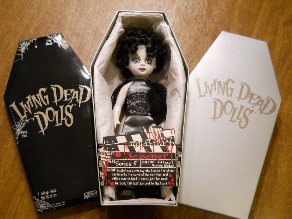 Living Dead Dolls Serie 5 misterio Jezabel Muñeca blancoo y Negro   Gótico  MIMB Mezco