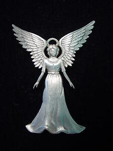 "/""JJ/"" Jonette Jewelry Gold Pewter /'LOVE of Gardening/' Bird Pin"