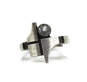 schoener-Designer-Ring-925er-Silber-KJP-Nord-Form-Finnland-Bergkristall