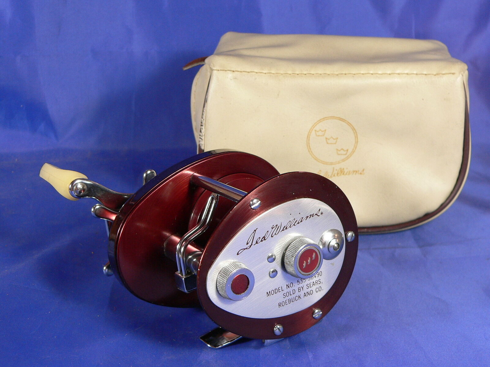 Ted Williams model n° 53538490 nuovo, new, made in U.S.A. bait caster reel