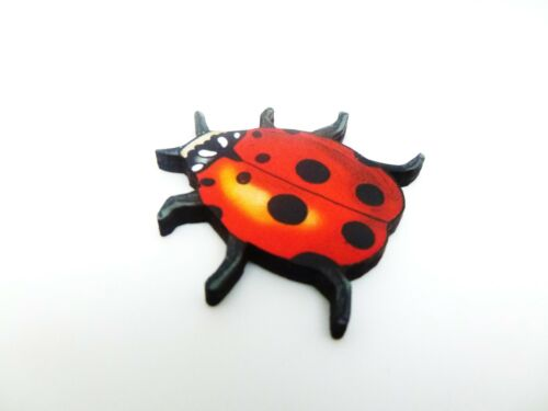 RED 6 SPOT LADYBIRD LADYBUG INSECT WOODEN BROOCH PIN BEETLE WILDLIFE