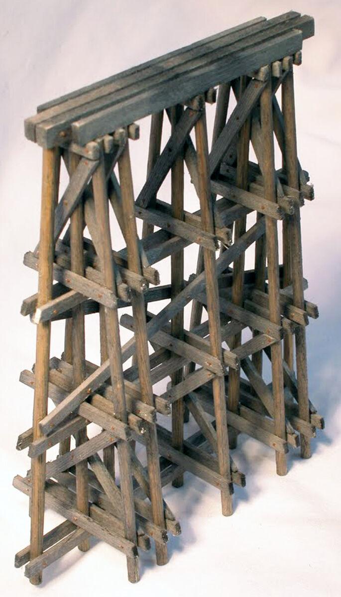 PILE TIMBER BRIDGE PIER S On30 Model Railroad Structure Unpaintd Wood Kit HL108S