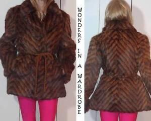details about echt pelz dyed rabbit? fur jacket chevron striped animal print design sz 40e s c2 c3 spine echtpelz c 2_3 #1