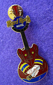 Chicago-Hotel-Bellman-Uniforme-Micro-Guitare-Hrc-Bleu-Logo-Hard-Rock-Cafe-Broche