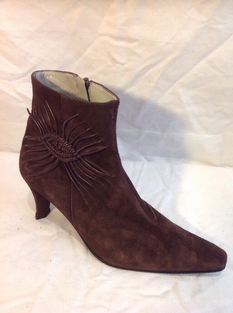 Pierre Cardin Brown Ankle Suede Boots Size 38.5