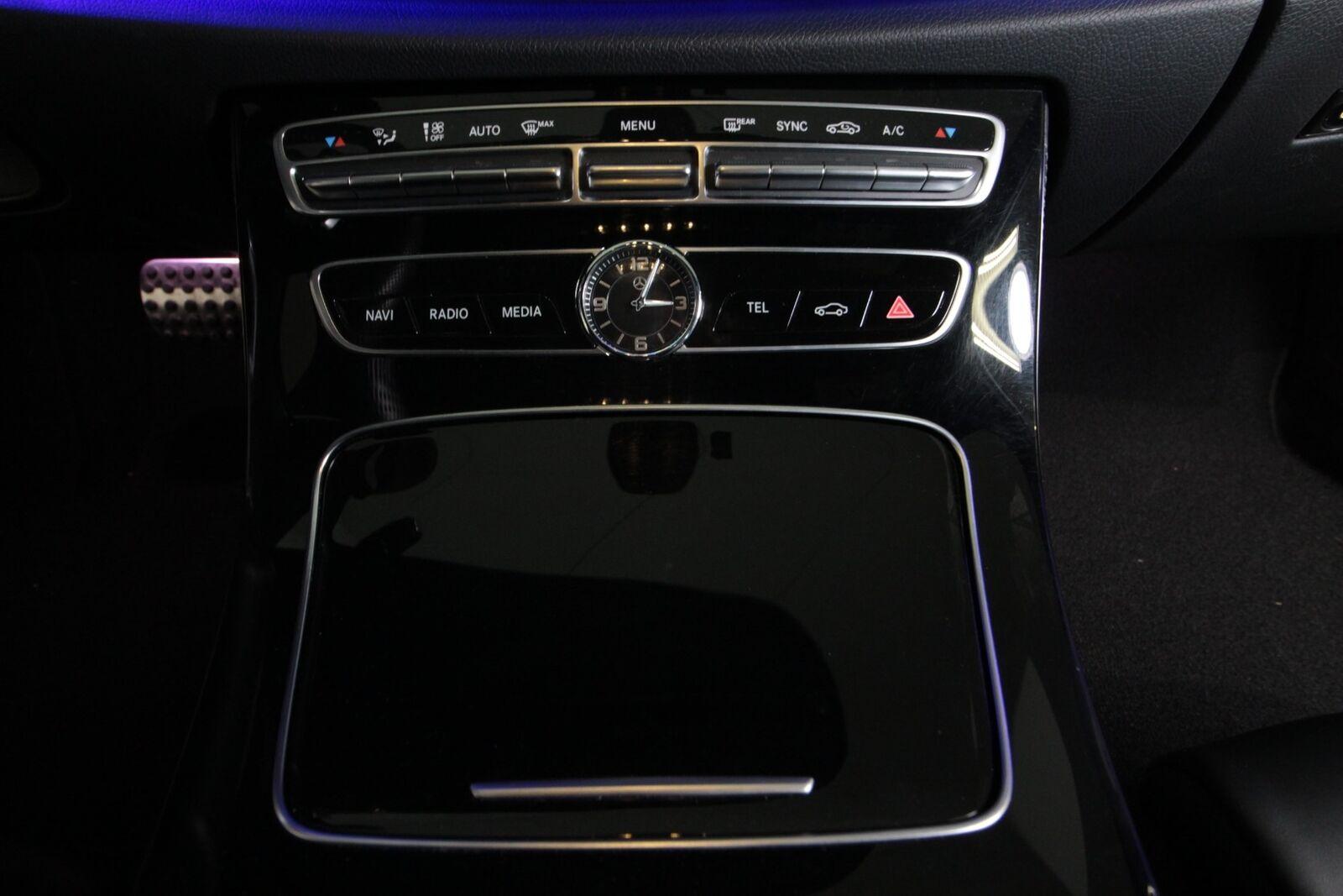 Mercedes E220 d AMG Line stc. aut. Van