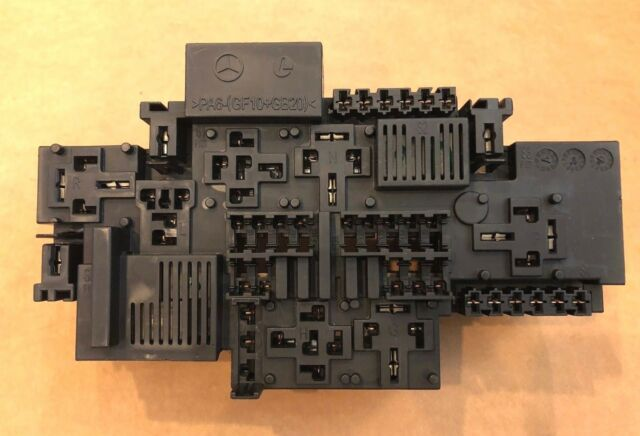 2015 2016 2017 Mercedes S550 S600 S63 Fuse Relay Junction Box  2229066801  Oem