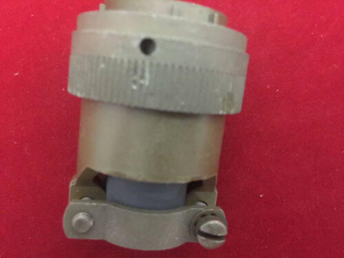 5935-00-901-8875 Electrical Connector Plug P.N.MS3126F20-16SY 19 pieces