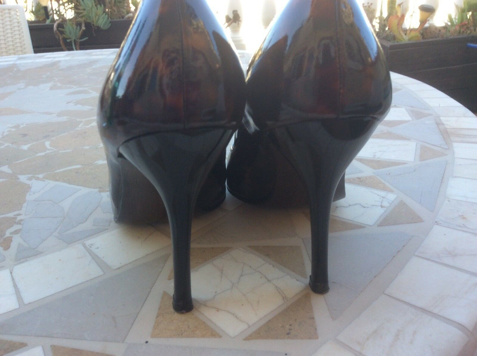 RUSSELL AND BROMLEY.  TORTOISE SHELL PAYENT LEATHER SIZE Schuhe. SIZE LEATHER 5.5. Worn Once. c92e8a