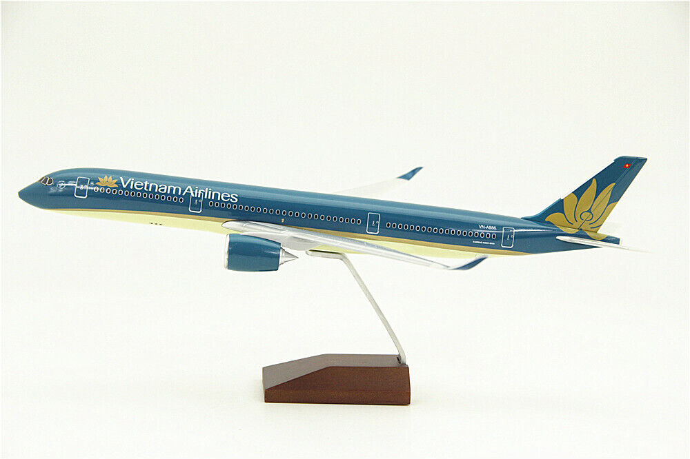 34CM 1 200 Vietnam Airlines AIRBUS A350-900 Passenger Airplane ABS Plastic Model