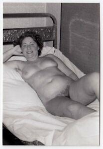 mature nackt und bekleidet