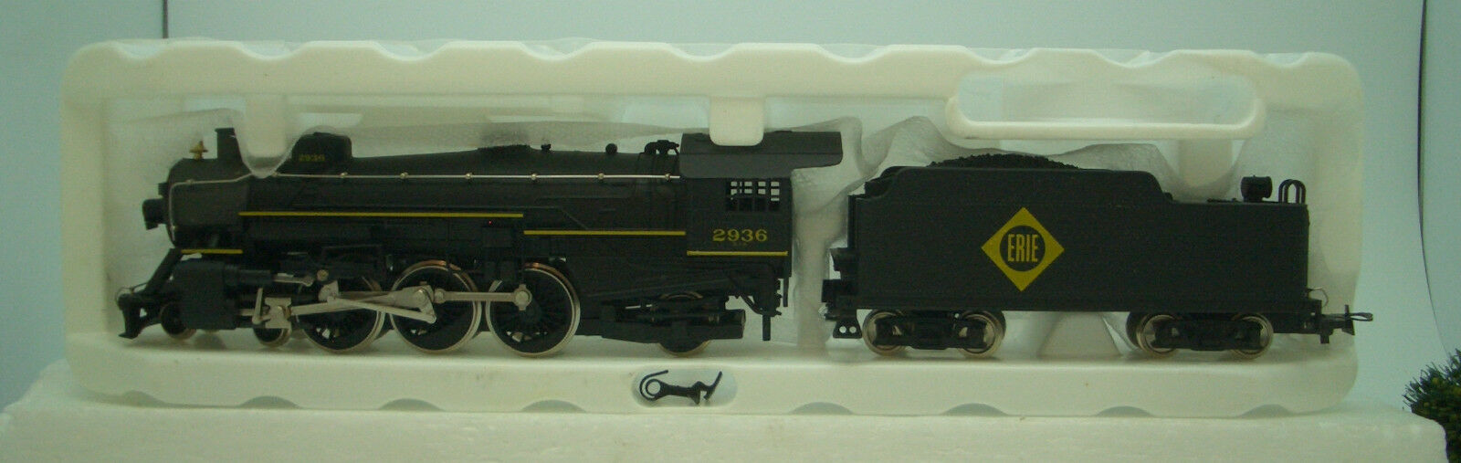 Ho 4-6-2 Pacific Premier Erie   M9911 Road   2936