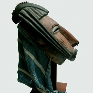 an authentic old antique african djoboli mask bamana mali