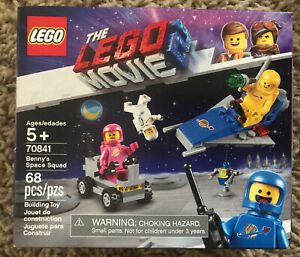 70841 LEGO The LEGO Movie Benny/'s Space Squad 68 Pieces Age 5+