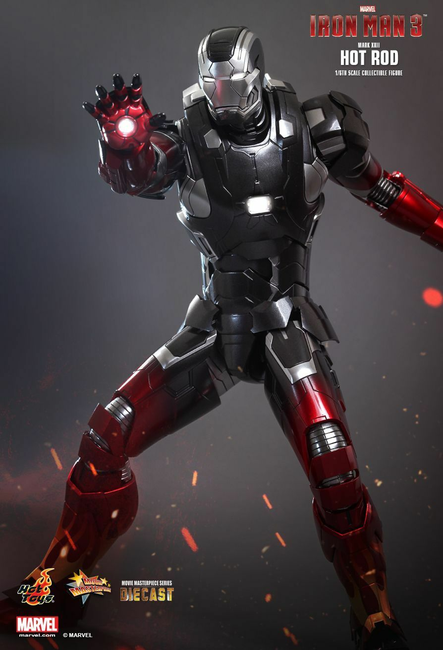 Hot Toys Iron Man Hot Rod 1 6th Scale Figure