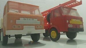 VINTAGE VEHICLE DUMP TRUCK STAR PLASTIC TOY 1970 MADE IN POLAND AND PROUD RARE