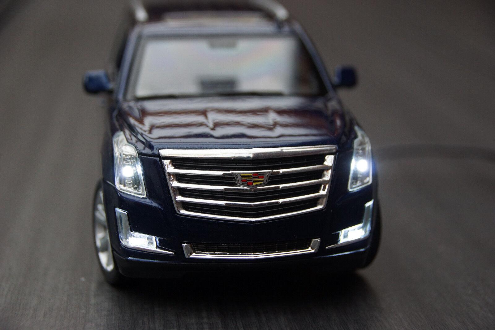 2017 Cadillac Escalade con LED-Illuminazione (Xenon) 1 24 BLU