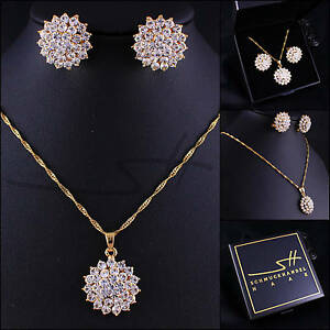 Schmuckset-Halskette-Ohrringe-Blume-vergoldet-Swarovski-Elements-inkl-Etui