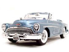 1953 BUICK SKYLARK LIGHT BLUE 1:18 DIECAST MODEL CAR BY MOTORMAX 73129