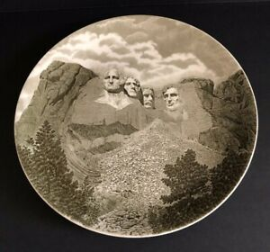 Vintage-Mount-Rushmore-National-Memorial-Souvenir-Plate-Johnson-Bros-England-Mt