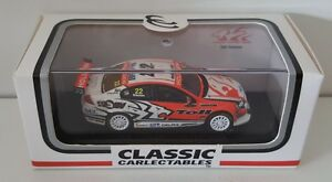 1-64-Scale-Classic-Carlectables-Will-Davison-2009-HRT-Holden-VE-Commodore-22