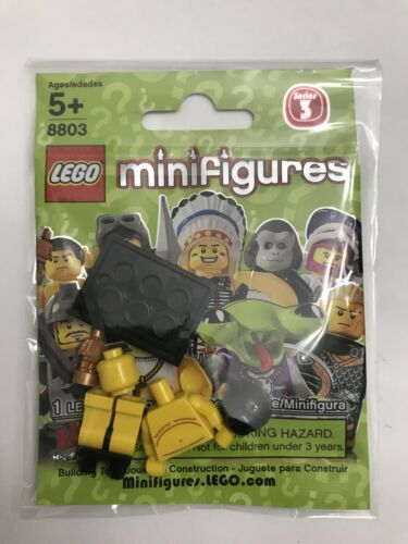 LEGO 8803 Minifigure Series 3 #7 Sumo Wrestler w// Wrapper /& Checklist 2011 NEW!