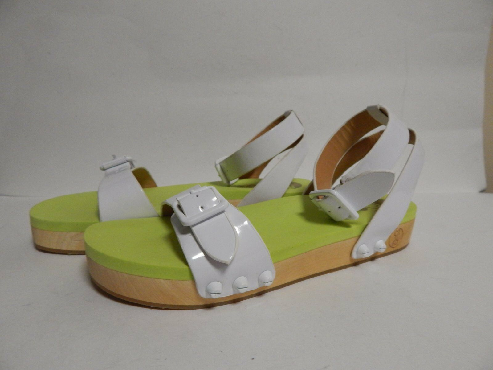 Flogg Noelle Sandal 7.5 M White patent Rubber  New with Box