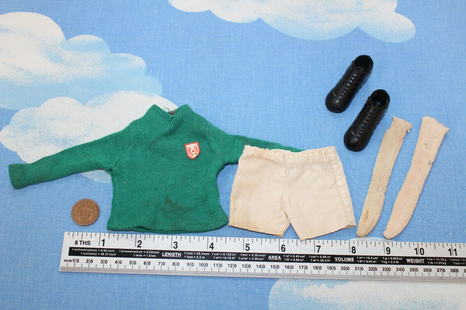 ORIGINAL VINTAGE ACTION MAN FOOTBALL OUTFIT CB34839