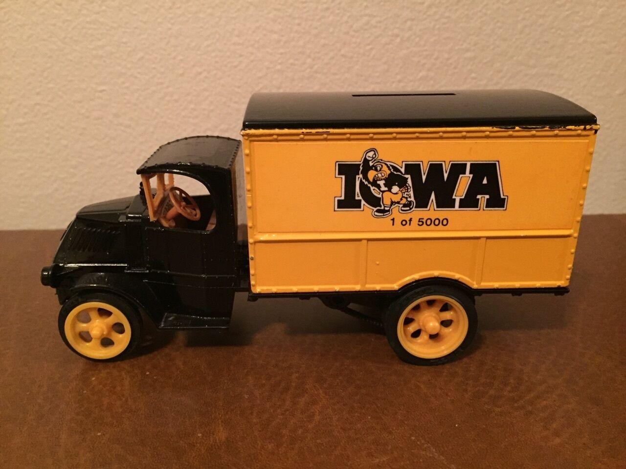 Iowa hawkeye ertl   4 - originalverpackt