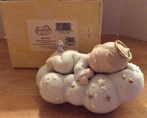 Precious-Moments-Figurine-Sleep-In-Heavenly-Peace-Chapel-Exclusive-879754-2001
