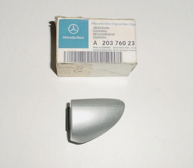 Abdeckung Klappe Blende Stoßstange Mercedes-Benz E-Klasse 2108800605