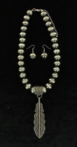 Antiqued-Silver-BALL-amp-FEATHER-Necklace-Earring-Set-Ball-Chain-17-20-034-29978