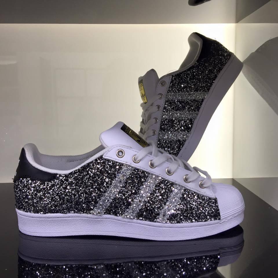 Adidas Superstar personalizzate con tessuto handmade glitter nero e occhielli handmade tessuto 98b251