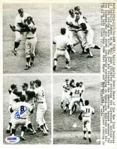 Yogi-Berra-Psa-Dna-Coa-Hand-Signed-8x10-Wire-Photo-Authentic-Autograph-Yankees