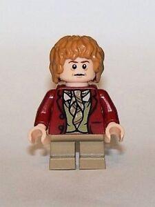 Lego-Lego-Herr-der-Ringe-Minifigur-Bilbo-Beutlin-mit-Schwert-Stich-und-Ring
