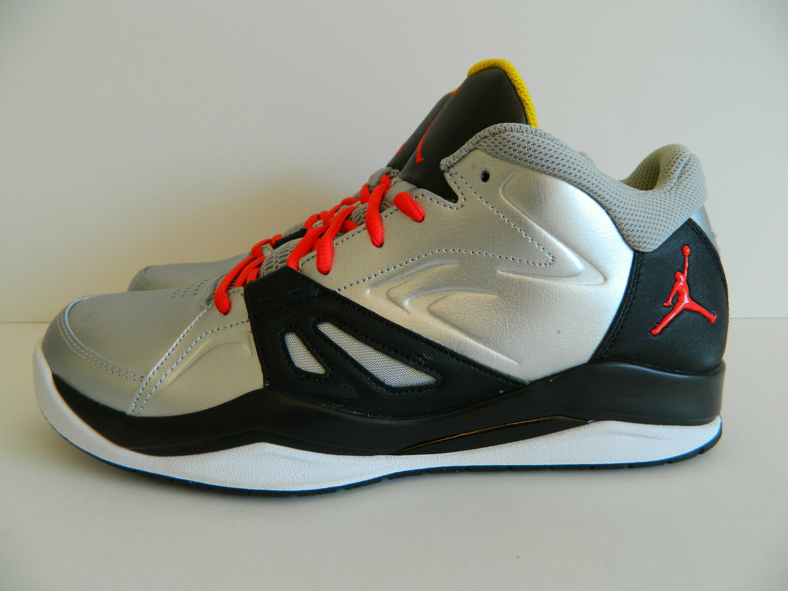 Nike Jordan Ace 23 ( Mtllc Silver / Chllng Red-Black-White ) ( 551765 003 )