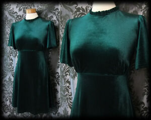 Goth-Emerald-Green-Velvet-AFTER-HOURS-High-Neck-Dress-8-10-Pin-Up-Retro-Vintage