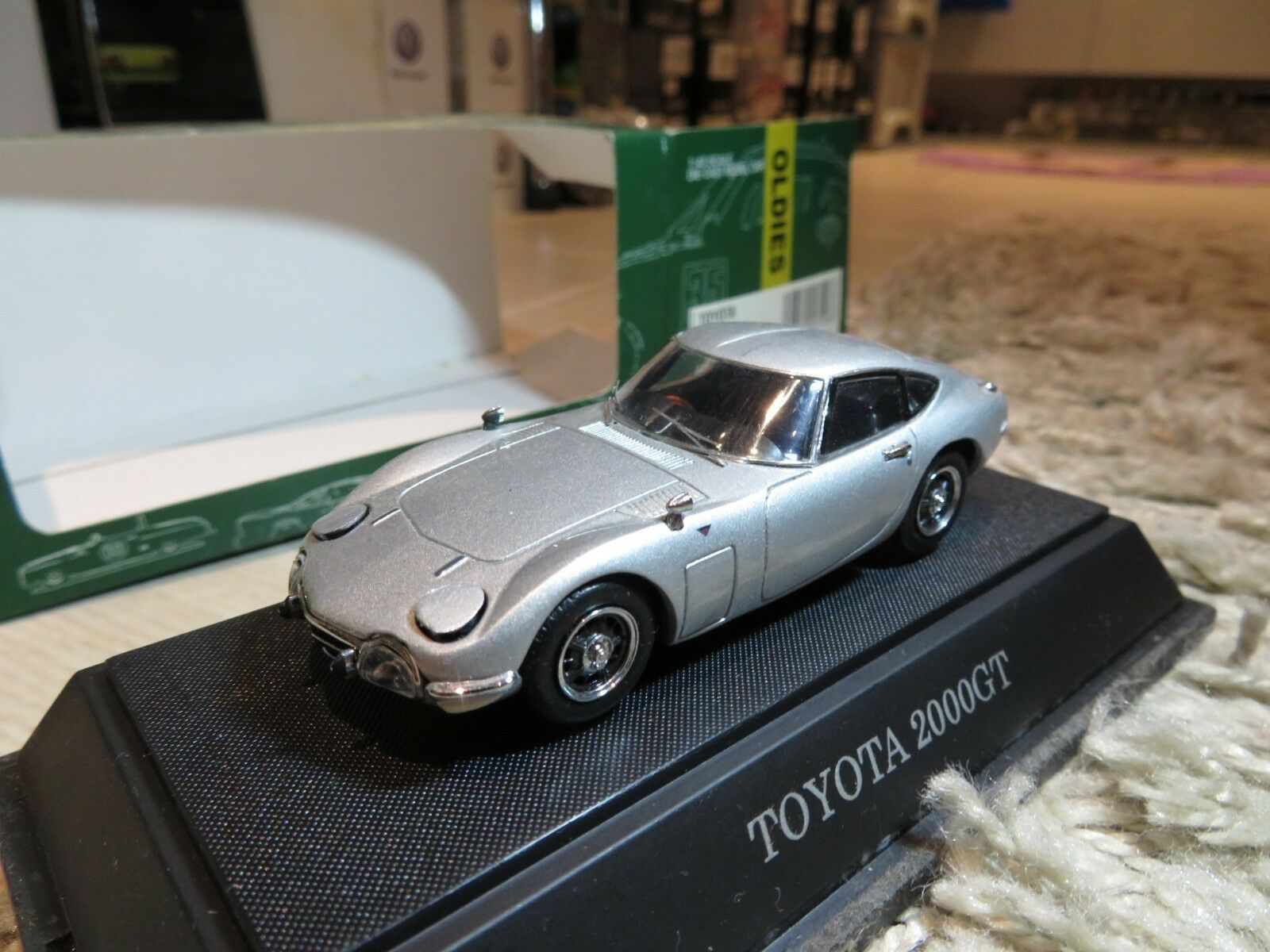 1 43 Ebbro Toyota 2000GT Diecast (reabrir Cabeza Luz)
